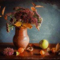 Когда в мой дом приходит осень, Желтеют за окном цветы, Душа от счастья песен просит, О вере, о наде :: ALISA LISA
