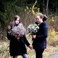 Подружки Алина и Дарья 2 :: Виктория Левина