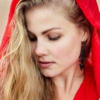 Красная шапочка :: Оксана