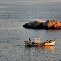 Эгейское море. Рыбаки. :: Leonid Korenfeld