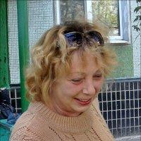 Взгляд хозяйки на любимую собаку :: Нина Корешкова