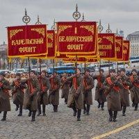 Марш 1 ноября. Москва :: Alexsei Melnikov