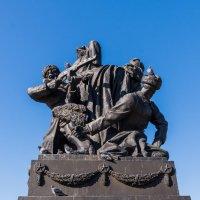 Памятник генералу Ефремову :: Ruslan