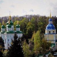 Общий  вид Выдубицкого монастыря г. Киев :: Владимир Бровко