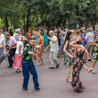 Танцы-в-сквере :: Nn semonov_nn