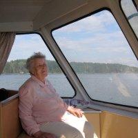 речная прогулка (85 лет) :: Анна Воробьева