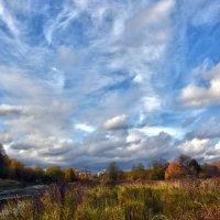 Осенняя река :: Oleg S