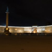 Дворцовая площадь :: Александр Руцкой