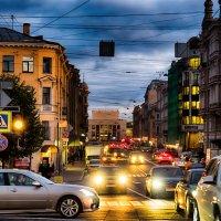 Питер улица Гороховая вечером :: Юрий Плеханов