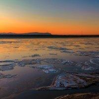 Замерзающий Амур на рассвете. :: Виктор Иванович