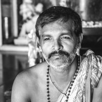 Индийский монах... :: Cергей Павлович