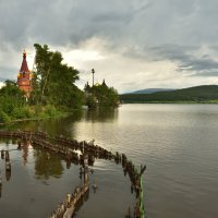 Возле старой плотины :: Виктор Прохоренко