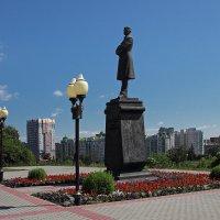Памятник И.Бунину. Орел :: MILAV V