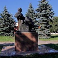 Ленин в селе Овстуг. Брянская область :: MILAV V