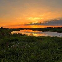 Вспоминая летние закаты... :: владимир
