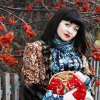 Снимок для коллекции авторских сумочек. :: Елена Прихожай