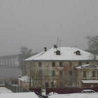 Старинный дом у моста через р. Волгу :: Святец Вячеслав