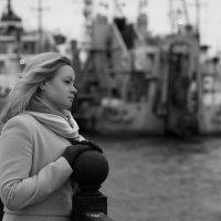 прогулка по набережной :: Марина Мякошина