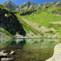 Горное озеро :: Алексей Поляков