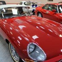 Jaguar Е type :: Вячеслав Случившийся