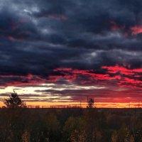Панорама апокалиптического заката :: Анатолий Клепешнёв