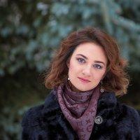 Красота - ничто, если не носить ее как знамя, как оружие, как меч. Катрин Денёв . :: Лариса Сафонова