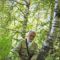 В лесу на документации шурфов :: Сергей Чиняев