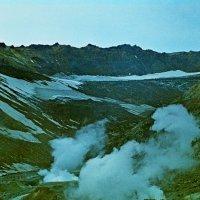 КАМЧАТКА, у подножья вулкана Мутновского, старые слайды. :: Виктор Осипчук