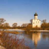 Храм и синева :: Сергей Цветков
