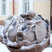 Памятник младенцу. Томск :: Ольга Швыдкова