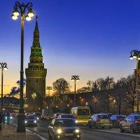Солнце начало садиться. :: Viacheslav Birukov
