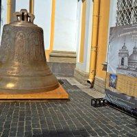 Колокол на Александро-Невскую Лавру. :: Виктор Егорович