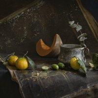 натюрморт с мандаринами и тыквой :: Evgeny Kornienko