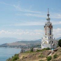 Храм-маяк :: Владимир Сырых