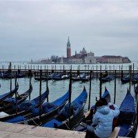 Классическое фото из Венеции :: Leonid Voropaev