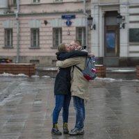 Прямо посреди улицы! :: Александр Степовой