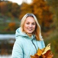 история опавших желтых листьев.... :: Елена Лабанова