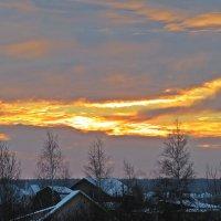 Златой  восход  за дачным  окном! :: Виталий Селиванов