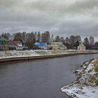 Набережная реки Тихвинка. :: Ольга Лиманская