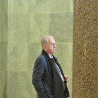 М. Б. Пиотровский в зале резных камней. Эрмитаж :: Маера Урусова