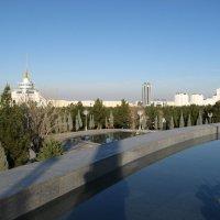 Белый город Ашхабад :: Роман Латышев