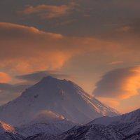 Закат над Камчаткой :: Денис Будьков