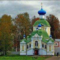 """Церковь """"Крылечко"""" :: Александр Алексеенко"""