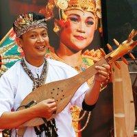 Индонезийский музыкант. :: Николай Кондаков