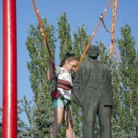 Выше Ленина... (до декоммунизации() :: isanit Sergey Breus
