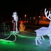 Новый год к нам мчится... :: Ольга
