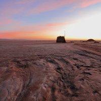 Восход над соляной пустыней Шотт-эль-Джерид :: Leonid 44