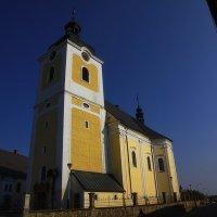 церковь из чешской глубинки :: M Marikfoto