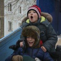 Удовольствие на спуске. :: юрий Амосов