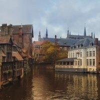 Осенние зарисовки Брюгге...Бельгия! :: Александр Вивчарик